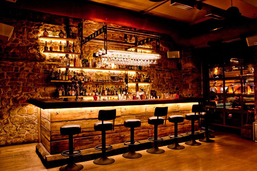 Agencement de cocktail bar for Bar arredamento