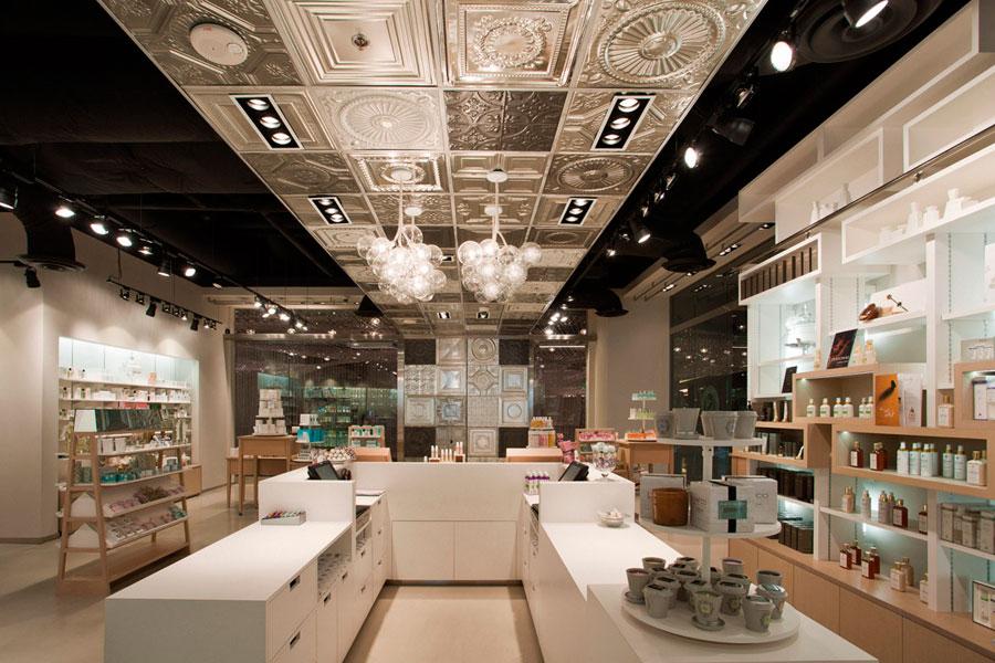 Arredamento negozi di qualsiasi genere outlet centri for Negozi arredamento