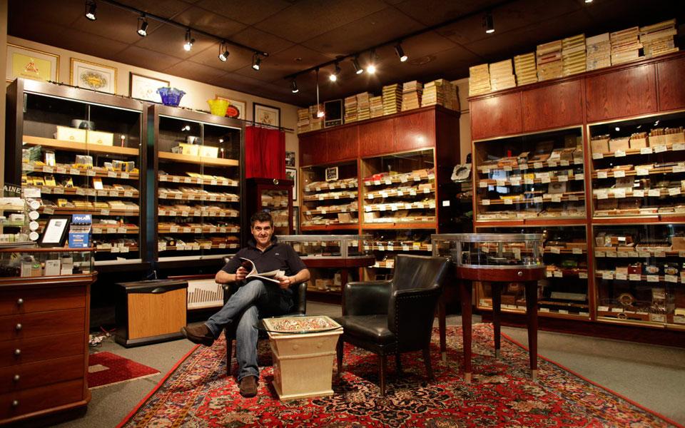 Arredamento tabaccherie roma for Arredamento per tabaccheria